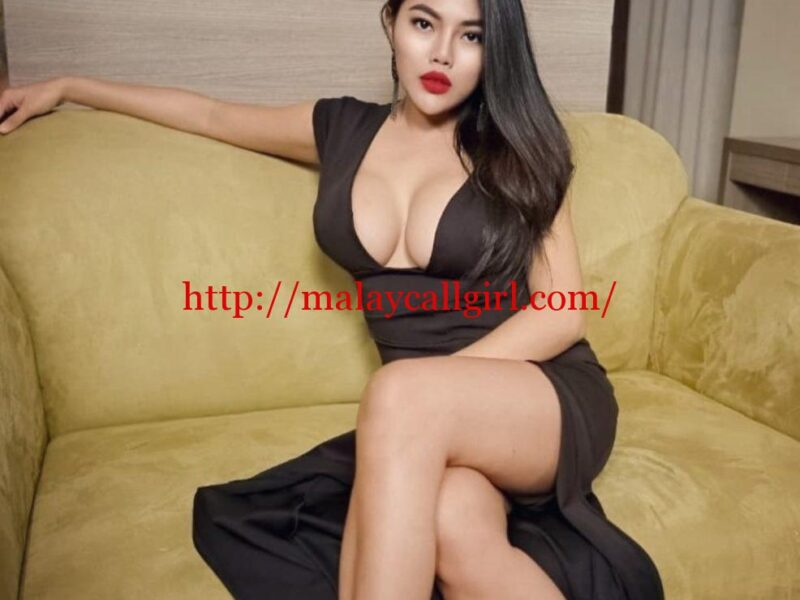 Amira - Knows some hot and sexy tricks that will make you shake with delight just at mere mention of her