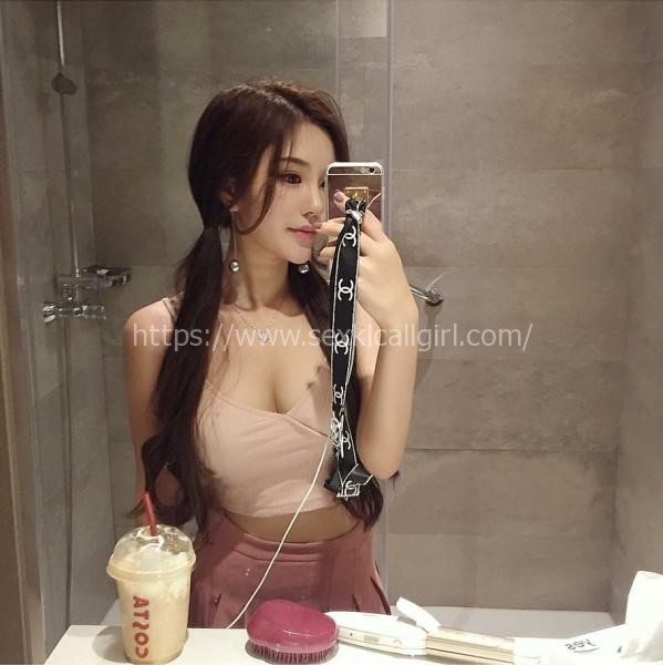 Angeline - Incredibly pretty lady with a lovely smile and a body to die for. Highly Recommended!